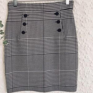 Rare H&M Houndstooth Skirt